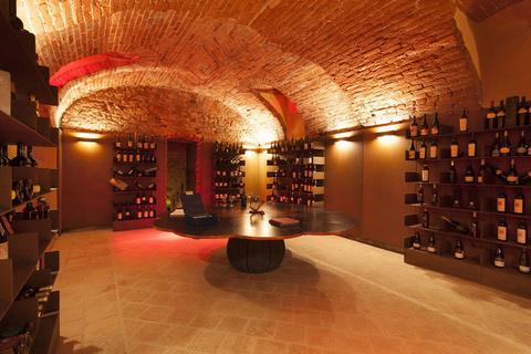每日豪宅 | 附设酿酒实验室的意大利18世纪葡萄酒庄园