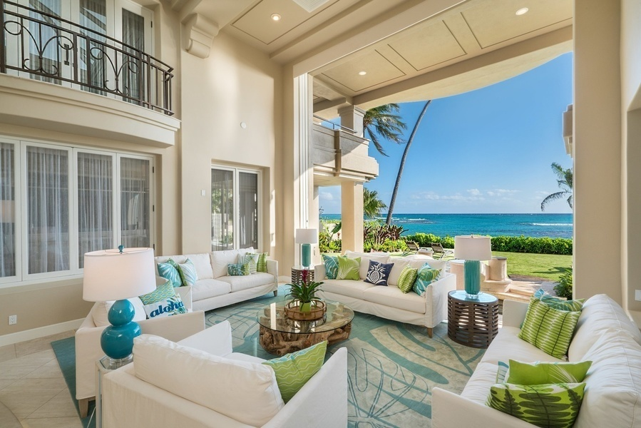 Interior of a home sits along the treasured section of Diamond Head Road, features a walking distance