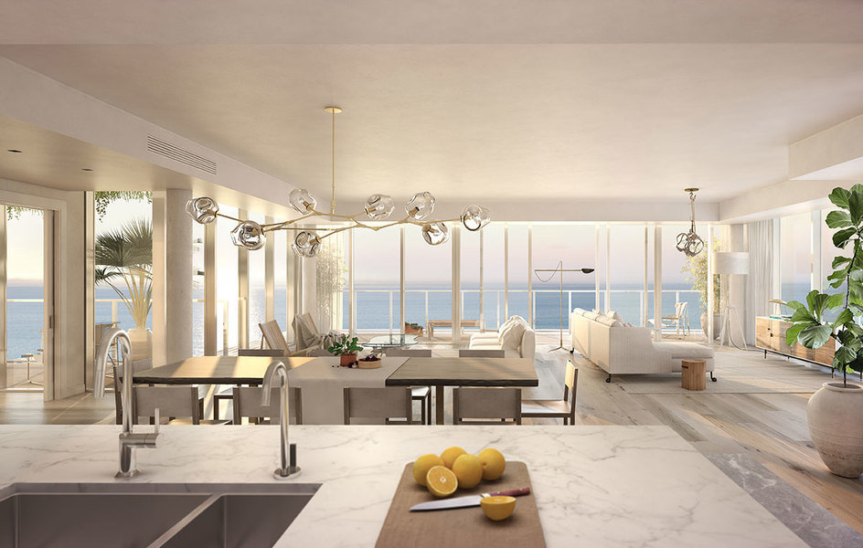 En este salón comedor abierto, diseñado por Alexandra Champalimaud para 3550 South Ocean en Palm Beac