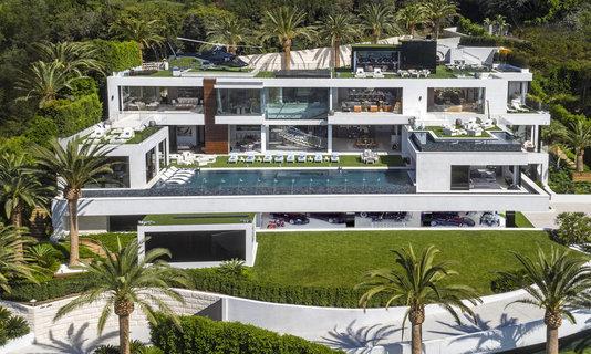 前全美最贵超级豪宅削价1亿美元出售